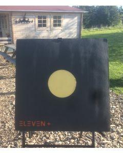 Eleven + target 80x80x20 cm m/ udskifteligt 24,5 cm softpullcenter